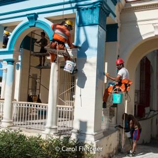 house painters painting havana cuba
