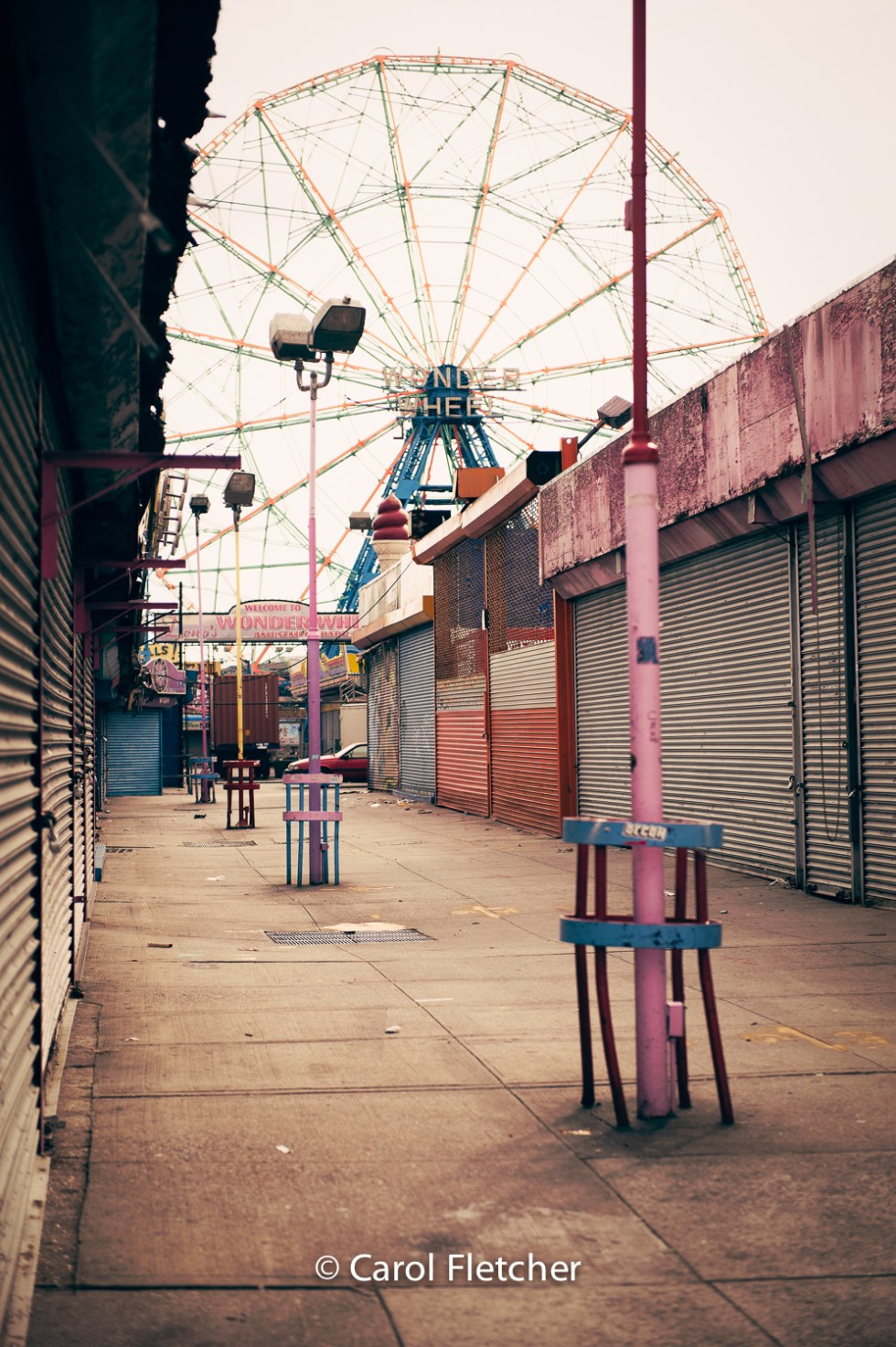 Arcade, ferris wheel, coney island, new york