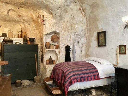 A restored (and staged) cave dwelling in Matera.