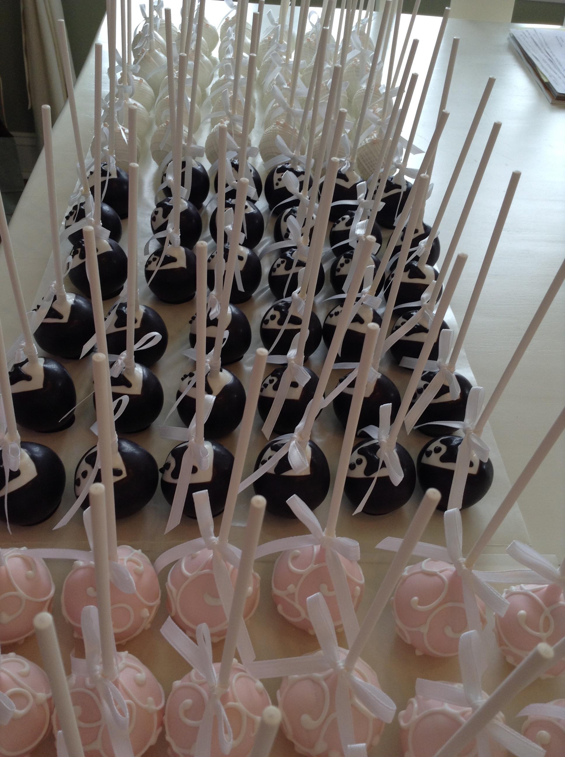 carolynnscakepops wordpress wedding cake pops Wedding Cake Pops
