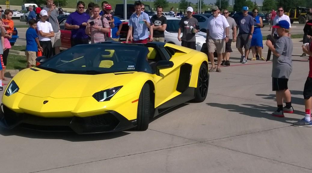 Lotus CarReadscom - Bmw plano car show
