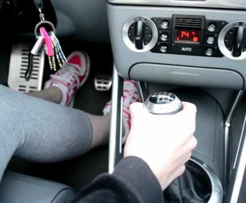 Does Learning to Drive a Stick Shift Make for Better Drivers?