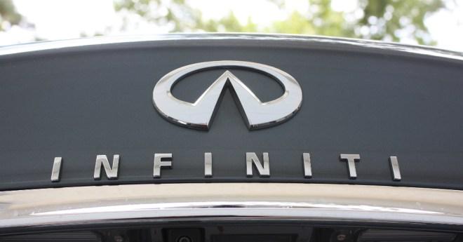 09.23.16 - Infiniti Logo