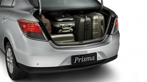Novo Prisma 2016  Porta malas