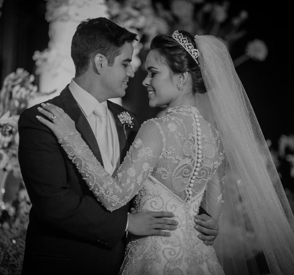 Vestido e sapato de noiva no Classificados do blog