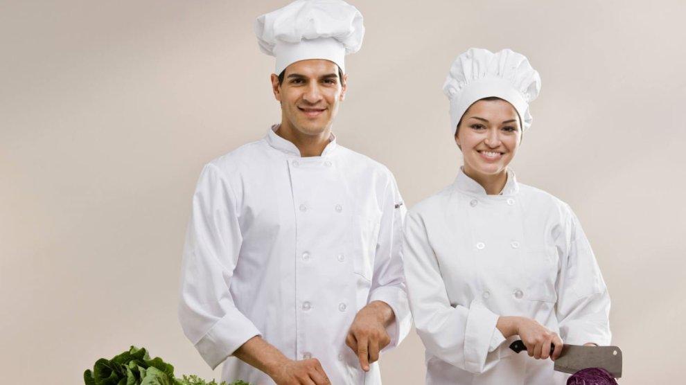 Auxiliar-de-Cozinha