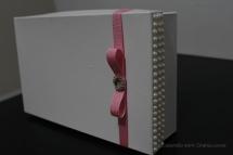 diy_tutorial_revestindo_caixinhas_tecido_madrinhas_padrinhos_casamento_26