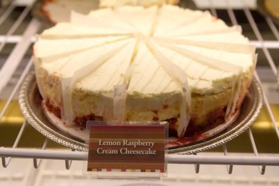 BiSC and Las Vegas 2013 — The Forum Shops at Caesar's Palace — The Cheesecake Factory — Lemon Raspberry Cream Cheesecake
