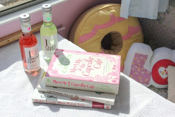 cassiefairy ideas for a girls night in pampering games reading book club-3
