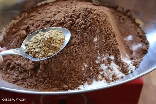 diy-halloween-cookie-recipe-chocolate-gingerbread-men-skeletons-treat-dessert-pudding