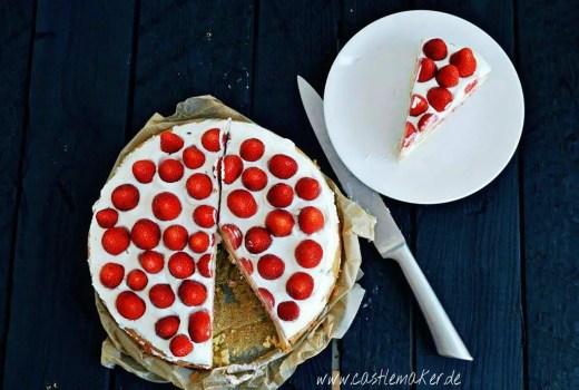Erdbeer-Creme-Torte Erdbeerkuchen Backen Erdbeertorte Quarkcreme Foodblog