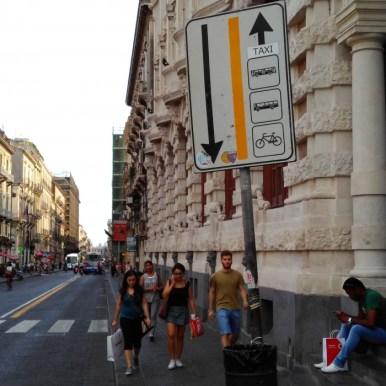 Segnaletica rifatta ma non per i ciclisti mobilita catania for Ufficio decoro urbano catania