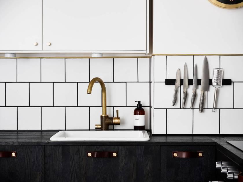 black-kitchen-6
