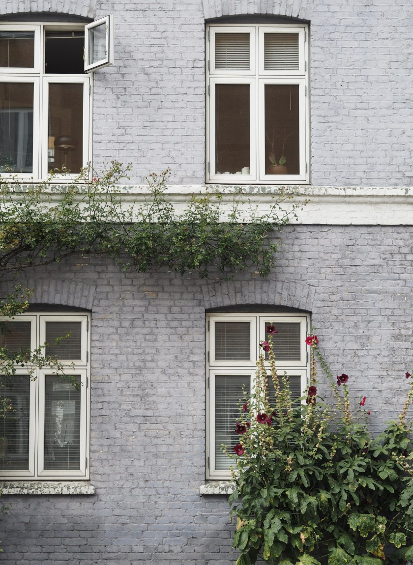 A violet purple home in one of Copenhagen's back streets