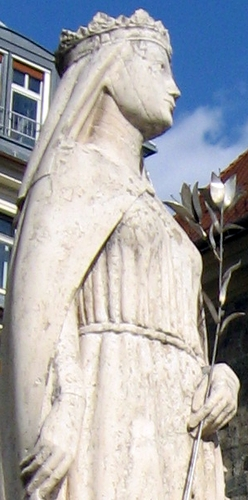 detail of a statue of Saint Kinga of Poland; date and artist unknown; Bupadest, Hungary; photographed in 2011 by Dezidor; swiped from Wikimedia Commons