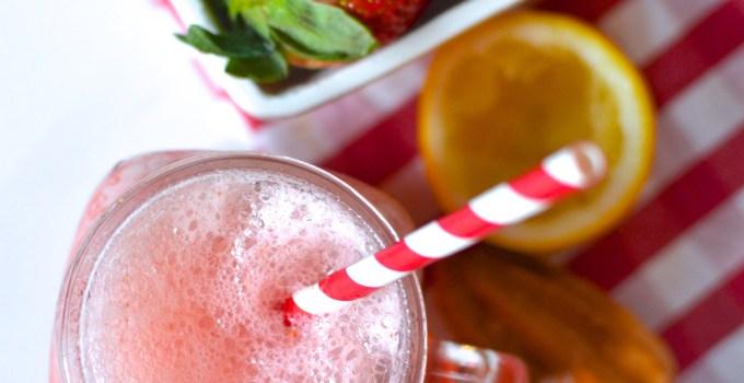 Strawberry Lemonade Fizz