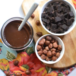 Easy Chocolate Hazelnut Spread