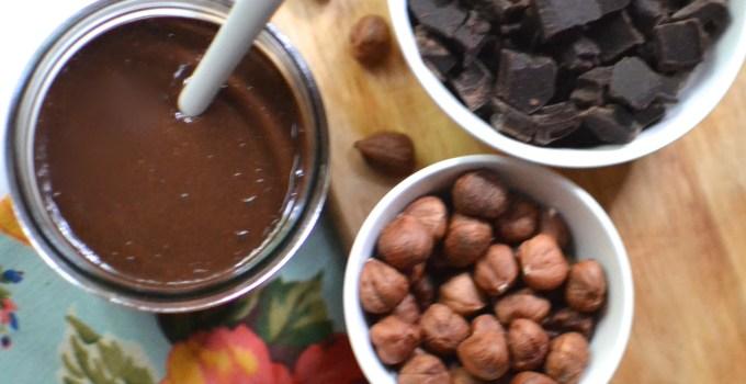 Easy Chocolate Hazelnut Spread