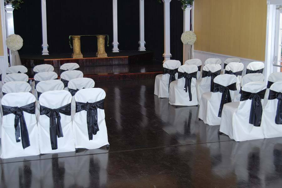 Inside Ceremonies at Cavender Castle