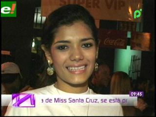 Johana Vaca candidata en el Miss Santa Cruz 2011