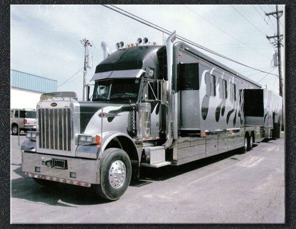 Peterbilt custom rv