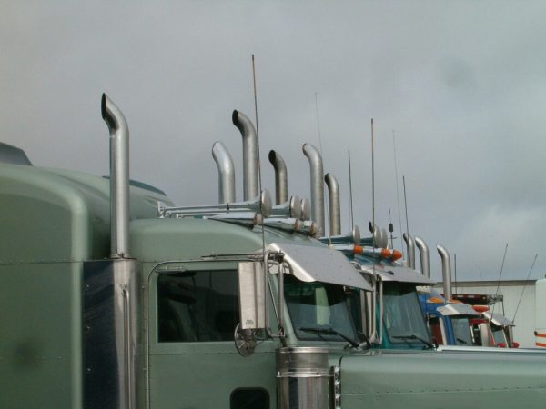 White House Sets Tougher Standards For Truck Emissions