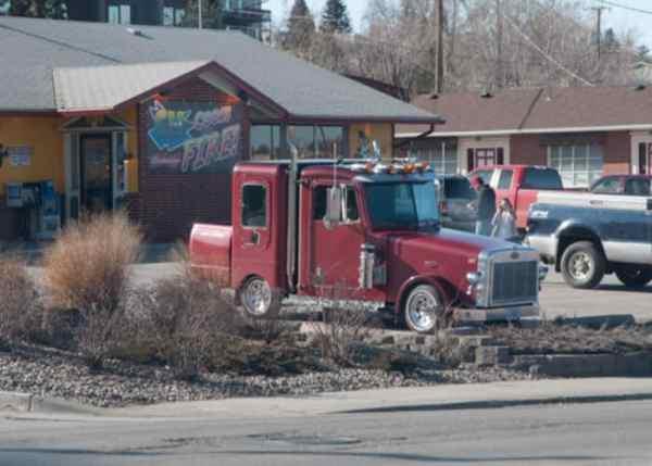 PHOTO: 'Underdeveloped' Truck