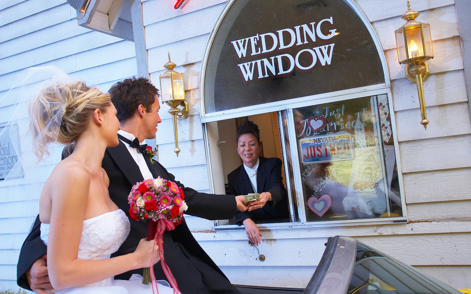 how to get married in las vegas vegas wedding chapels