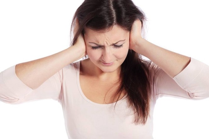 However, one cannot conclude that hearing loss or difficulties result in tinnitus 2