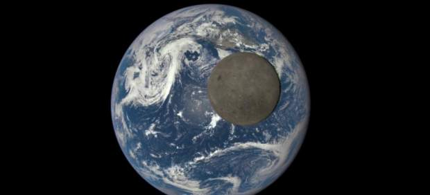 El lado oscuro de la Luna