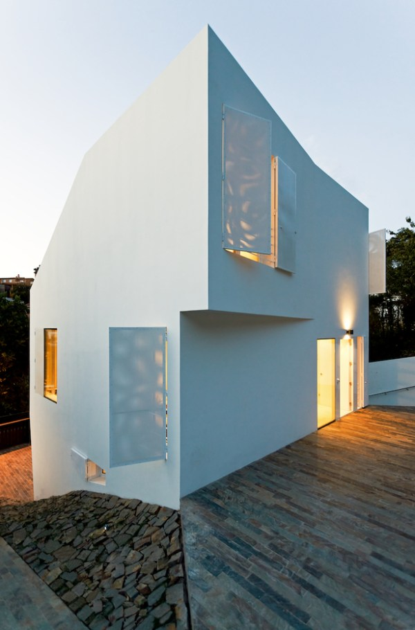 HOUSE IN VALLVIDRERA, BARCELONA