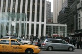 iPad 2 Launch – Fifth Avenue Apple Store - Image 5 of 40