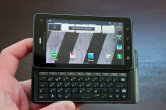 Motorola DROID 3 hands-on - Image 3 of 9