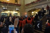 Live from Apple's Grand Central Apple Store opening - Image 10 of 24