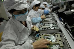 Foxconn Hiring iPhone 6 Demand