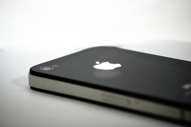 India iPhone Sales Increase 400%