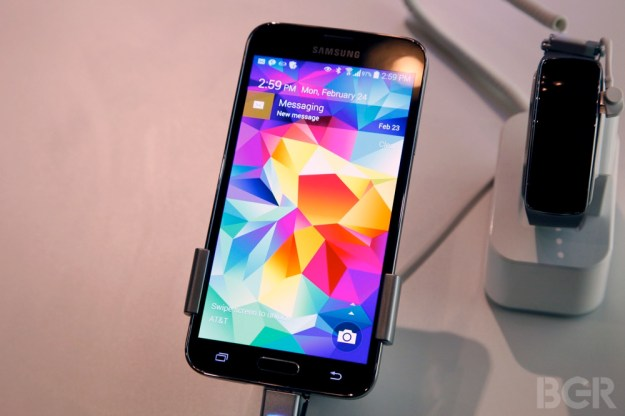 Samsung Galaxy S5 Fingerprint Scanners