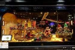 Google Maps Christmas Window Shopping