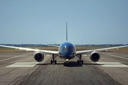 Boeing 787 Dreamliner Takeoff