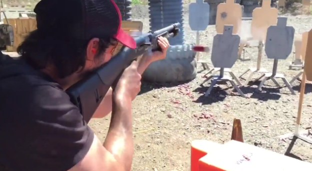 Keanu Reeves John Wick 2 Shredding Video