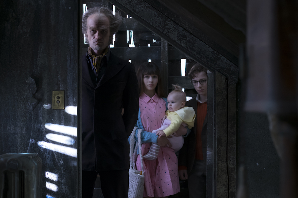 A Series of Unfortunate Events: Netflix Releases Trailer, Photos
