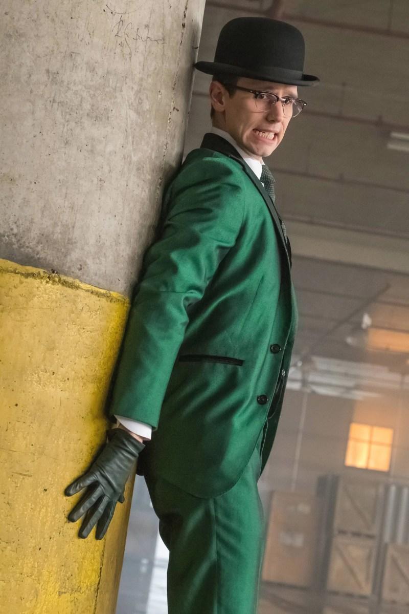 Large Of Gotham Season 2 Torrent