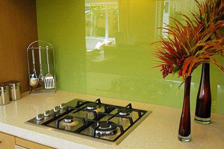 green gl kitchen backsplash