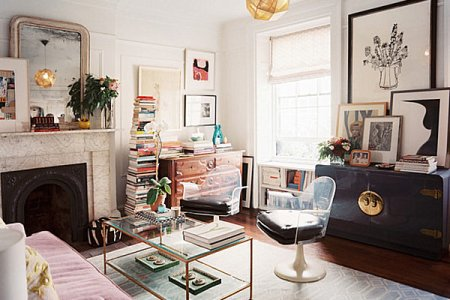 clear furnishings give the illusion of space