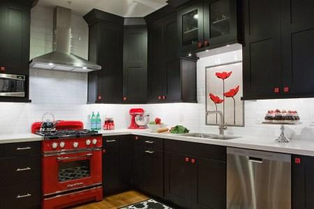 small black white and red kitchen idea