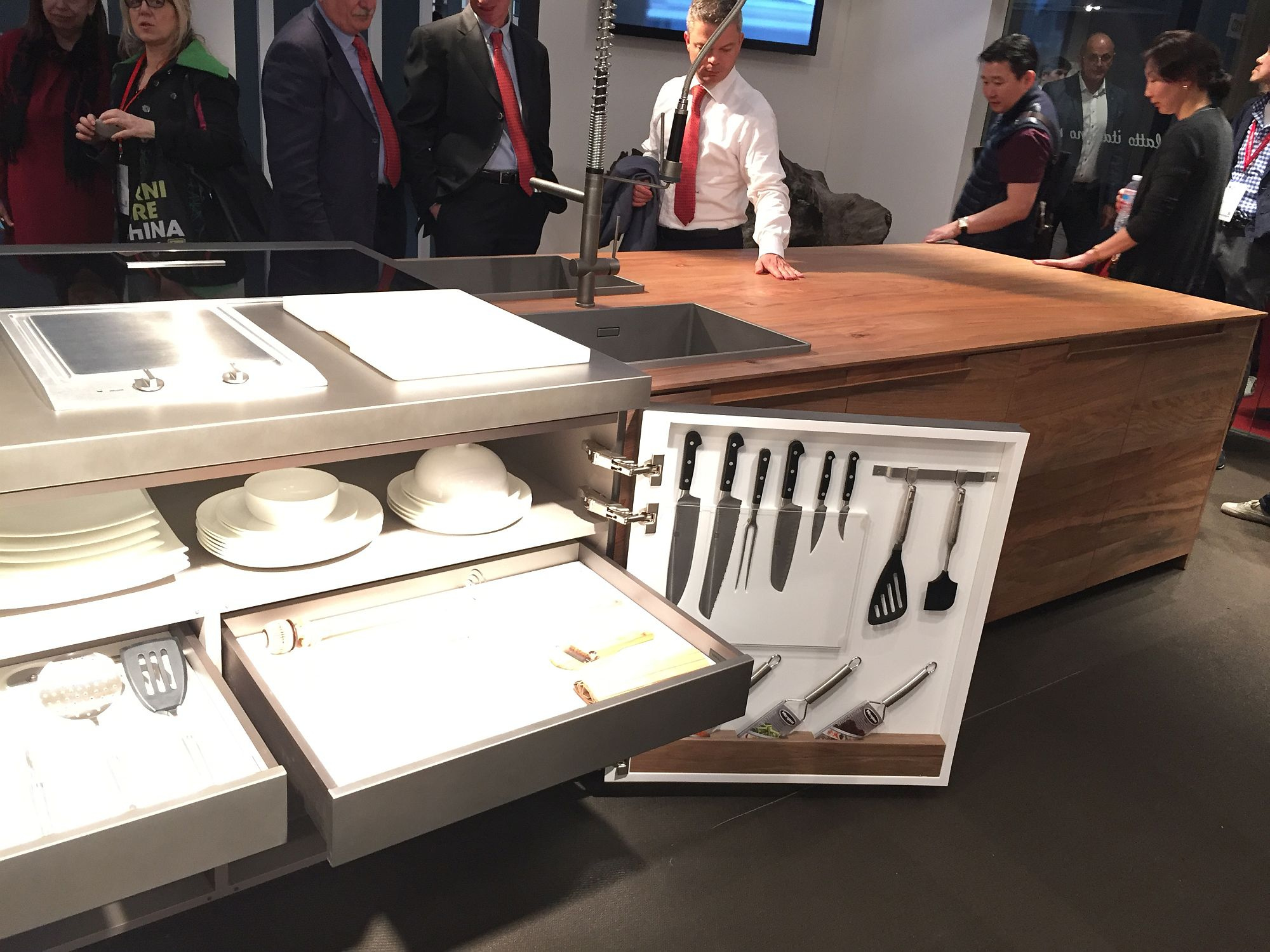 Invigorating Gallery Exclusive Kitchen Island Helps Tuck Away All Your Kitchenutensils Storage Kitchen Islands Islands Images Kitchens Cabinets Kitchens Islands Tables View kitchen Kitchens With Islands