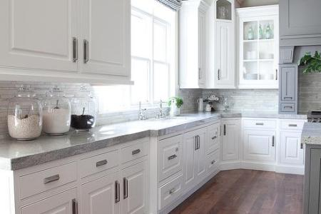grey and white kitchen linear marble tile backsplash