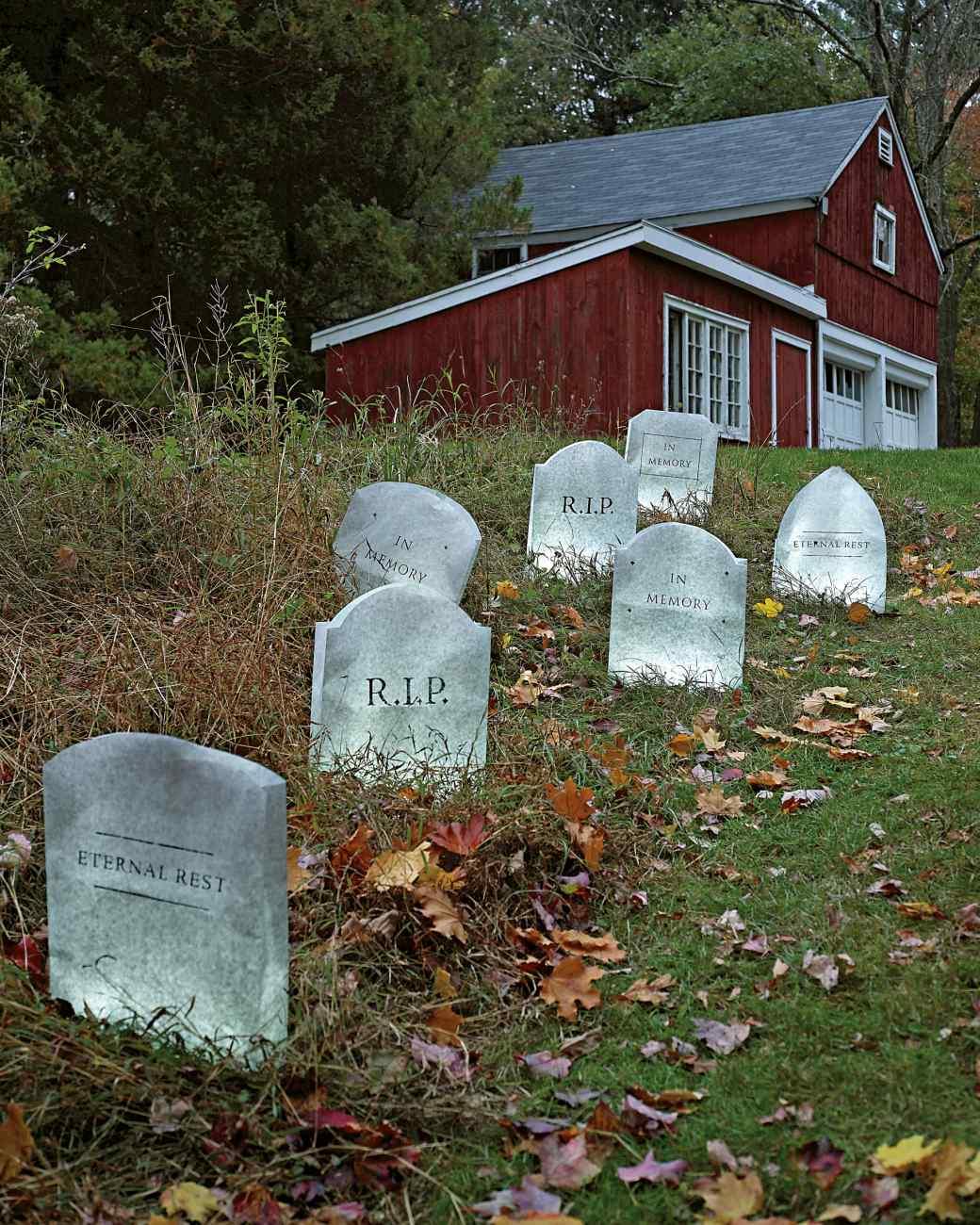 Stunning Rows Halloween Diy Outdoor Outdoor Halloween Decorations Target Outdoor Halloween Decorations On Sale Pieces Tombstones Spooky decor Outdoor Halloween Decorations