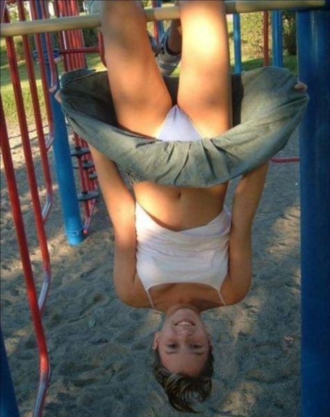 high school cheerleader camel toe