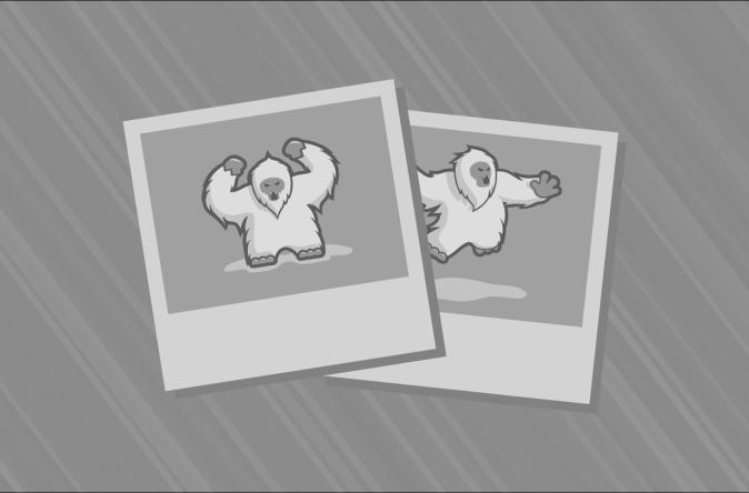 http://i1.wp.com/cdn.fansided.com/wp-content/blogs.dir/229/files/2014/12/claudia-gadelha-mma-ufc-fight-night-dos-santos-vs-miocic-weigh-ins-850x560.jpg?resize=674%2C444